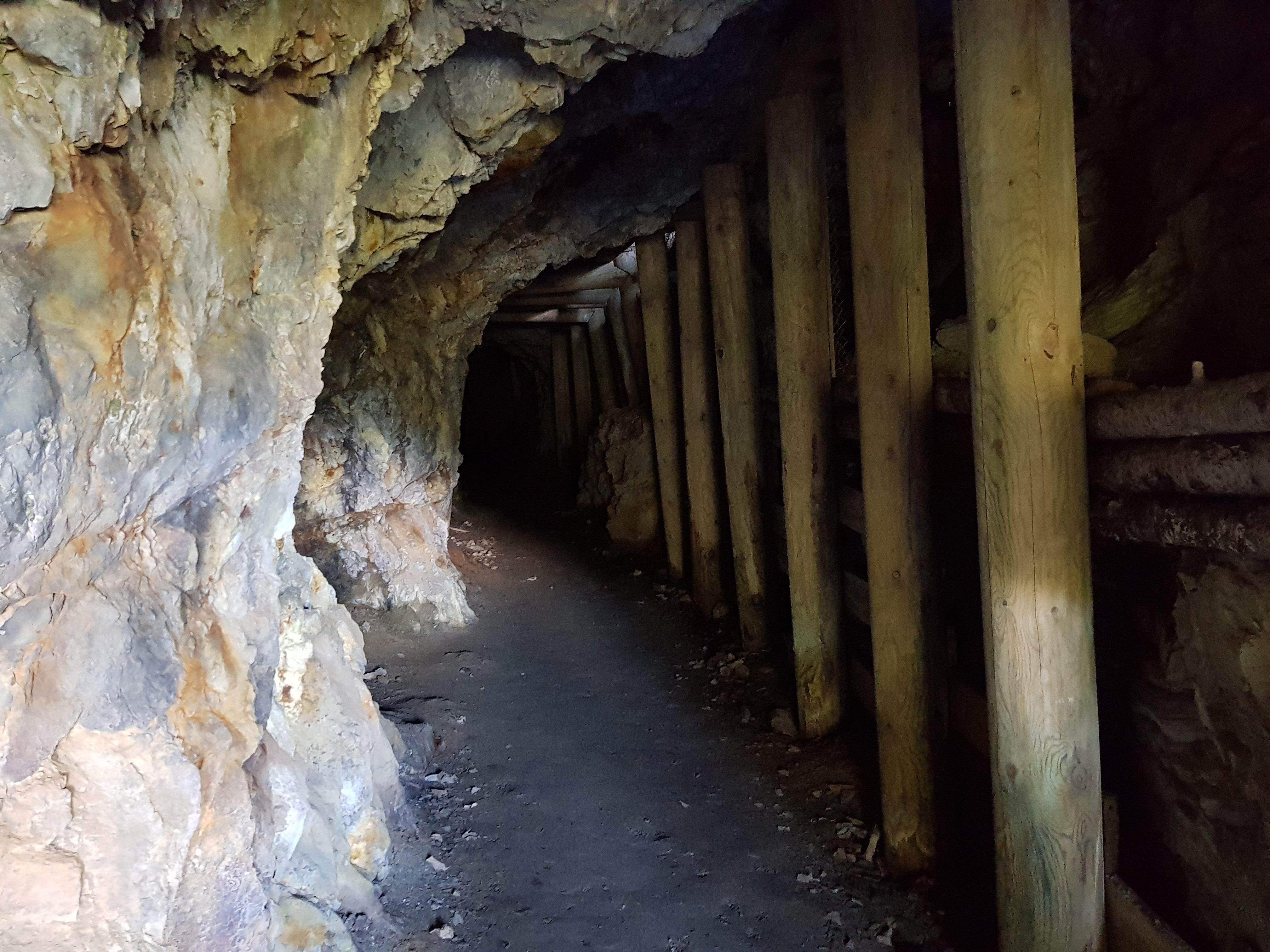 Interior Mina Victoria