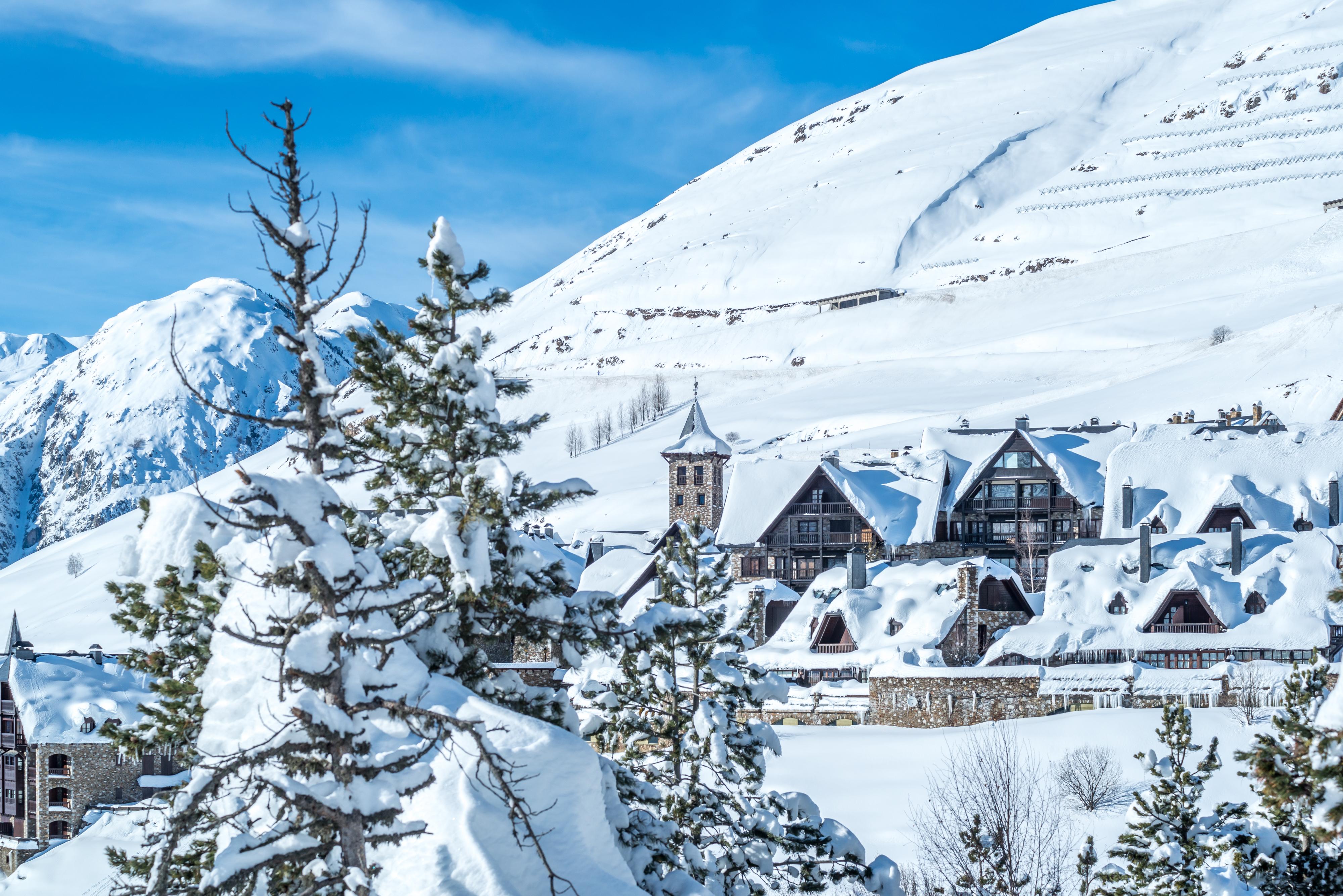 Semana Santa : Ski en Baqueira + Entretenimiento